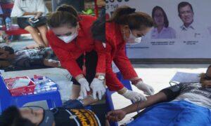 PMI Tomohon Peringati Hari Donor Darah se Dunia, Puluhan Mahasiswa UNIMA Sumbang Darah